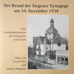 Titel und Schwarz-weiß Fotografie der Siegener Synagoge